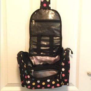 Handbags - Everest brand travel make up bag.